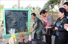Cambodian women delegation visits Vietnam