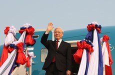 Top Vietnamese leader begins official friendly visit to Laos
