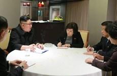 Kim Jong-un works with top DPRK negotiators
