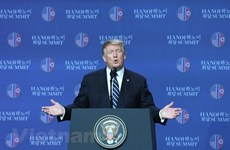 US President convenes press conference