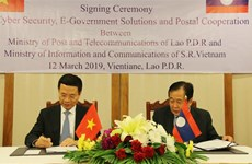 Lao officials appreciate Vietnam-Laos cooperation in information-communication