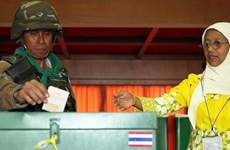 Thailand: early voting kicks off