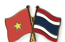 Army official receives Thai guest