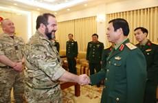 Vietnam, UK to reinforce ties in military medicine