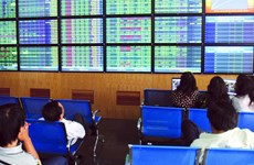 Vietnamese shares slip as global stocks decline