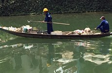 USAID-funded project helps Thua Thien-Hue reduce waste on rivers