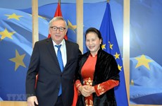 NA Chairwoman, EC President discuss EU-Vietnam FTA
