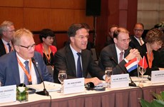 Dutch PM believes in stronger economic ties with Vietnam