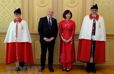 Vietnamese Ambassador presents credentials to Swiss President