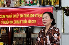 Front official joins Khmer ethnic people on traditional New Year festival
