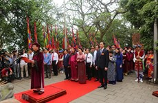 Hung Kings' death anniversary commemorated nationwide