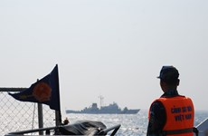 Coast Guard check Vietnam-China fishery agreement implementation