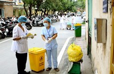 Hanoi adopts plan tightening control over medical waste