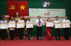 """Tra Vinh: """"Heroic Mother"""" title presented to 54 women"""