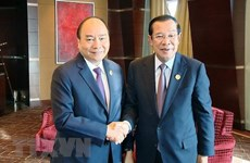 PM meets Cambodian counterpart on Belt &Road Forum sidelines