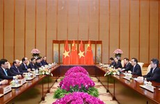 Prime Minister holds talks with Chinese Premier