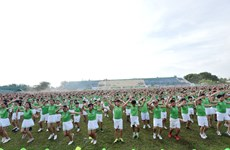 Mass physical exercise breaks record in Vietnam