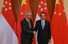 Chinese Premier meets Singaporean Prime Minister