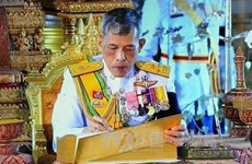 Thai King grants royal pardons for prisoners