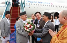 Nepali Prime Minister begins official visit to Vietnam