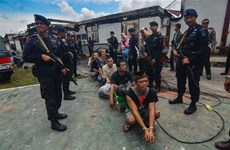 Indonesian security authorities recapture over 100 jail breakers