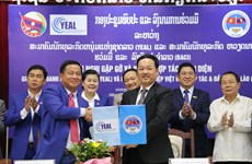 Vietnamese, Lao businesses enhance partnership