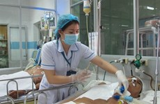 Stressed-out nurses love their jobs but need help from hospital leaders