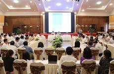 Seminar talks management of provincial-level economies