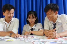 Eleventh graders design games to protect children