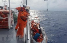 China helps rescue injured fisherman