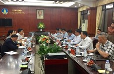 Vietnam, China discuss ways to promote agricultural product trading