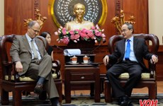 HCM City leader hosts outgoing German ambassador