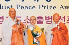Vietnamese nun granted with RoK's Peace Prize Awards