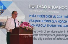 HCM City seminar discusses service infrastructure planning