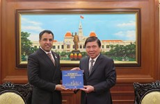 HCM City, UAE seek to enhance economic partnership