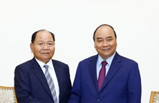 Prime Minister hosts Lao Minister of Home Affairs