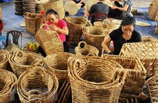 Vietnamese handicrafts introduced in Singapore