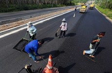 Thail gov't continues to promote use of rubber resin in road construction