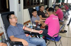 Red Journey blood donation campaign reaches Hanoi