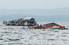 Philippines: 7 dead, 13 missing after boats sink
