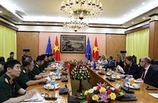 Vietnam, EU seek to boost ties in defence, security