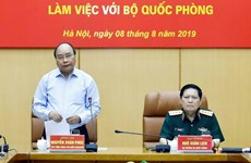 PM Nguyen Xuan Phuc hails defense-purposed land use