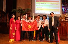 Vietnam enters top 5 at South African Int'l Mathematics Competition