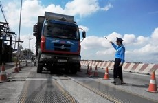 Ministry proposes import tax hike on heavy trucks