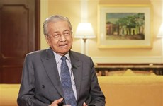 Malaysian PM hopes to enhance strategic partnership with Vietnam