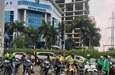 Motorbike taxis must be registered in Hanoi