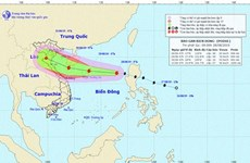 Storm Podul enters East Sea, moves west