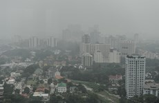 Malaysia to make artificial rain to ease smog from Indonesia