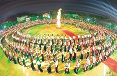 5,000 people to perform 'xoe' dance