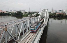 Bridge crossing Sai Gon River opens